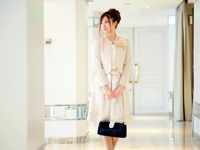 入園式・入学式は明るめのスーツが最適!