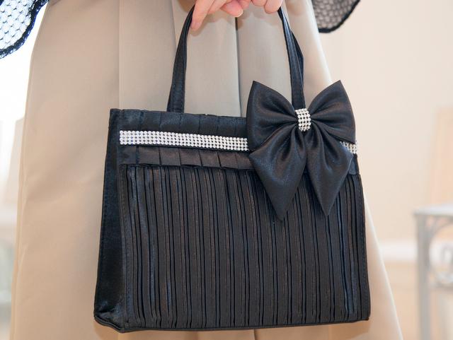 結婚式のサブバッグとしてだけではなく、ちょっとしたお出かけバッグにも♪