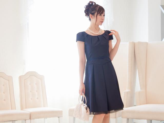 結婚式ドレスNO,1カラーネイビードレス/プリンセスラインのネイビードレス