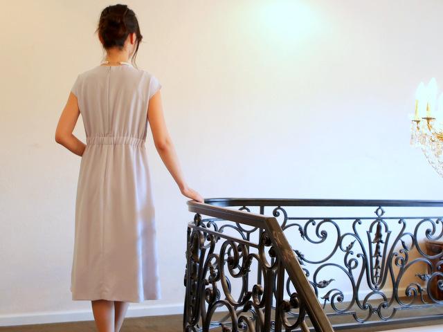 ウエストがうれしいゴム仕様のロングドレス♪