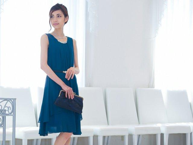 成人式のドレスはどう選ぶ?二次会・同窓会でよくあるお悩みを解決!
