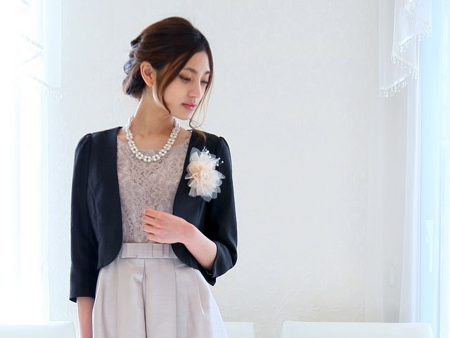 ミセス世代に人気の羽織りものはジャケット