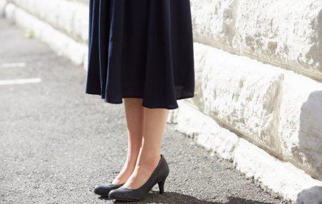 大きいサイズのドレスは、着丈の長いロングドレスを選ぶ!